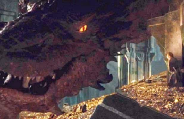 hobbit-desolation-of-smaug-dragon-for-advance-618x400